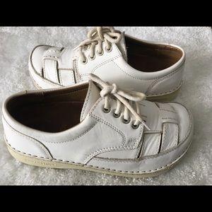 Birkenstock white Leather Fisherman Sandals Sz 38